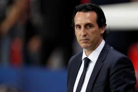 PSG : Emery espère être