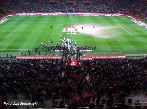Po spotkaniu na stadionie odbyła się wielka feta! (fot. Adam Sęczkowski)