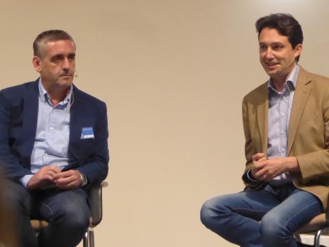 Carlos Gil (izquierda) y Vicente Betoret (derecha) durante la ponencia de conclusiones