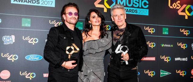 U2-y-Penélope-Cruz-en-LOS40-Music-Awards-2017