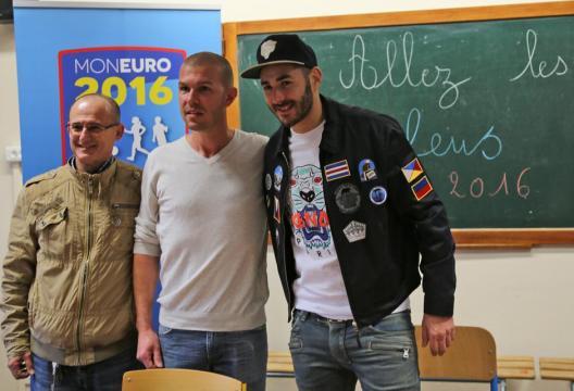 Equipes de France - Benzema à l'école Jean-Moulin à Bron - FFF - fff.fr