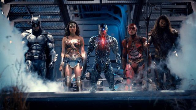 Justice League review: Dir. Zack Snyder (2017) - thehollywoodnews.com