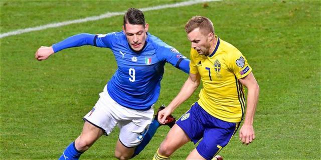Bellotti desaprovechó la más clara de Italia en el primer tiempo y luego desapareció. FutbolRed.com.