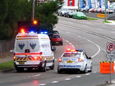 KU 221 & RTA Emergency Response Iveco Turbo Daily - Highway Patrol Images