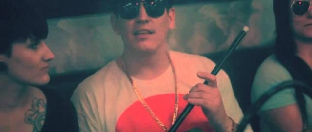 Money Boy Shisha Offizielles Musikvideo - YouTube - youtube.com