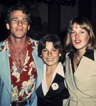 Ryan O'Neal, Tatum O'Neal y Melanie Griffith(vía El País)
