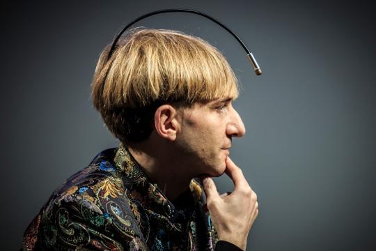 Biohacking, el simple humano que quería ser cíborg | La Cofa - fundaciontelefonica.com