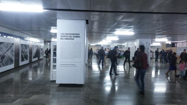 Los trabajos en Pino Suárez se explican con una exposición.