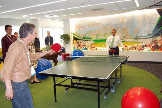 Une partie de ping-pong pour améliorer le bien-être au travail !