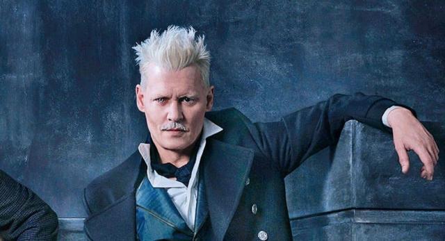 Johnny Depp è Gellert Grindelwald in