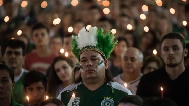 L'hommage fait en Colombie pour Chapecoense.