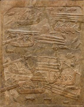 Detalle de los relieves de las puertas de Sargón II. Imagen sacada de Pinterest.