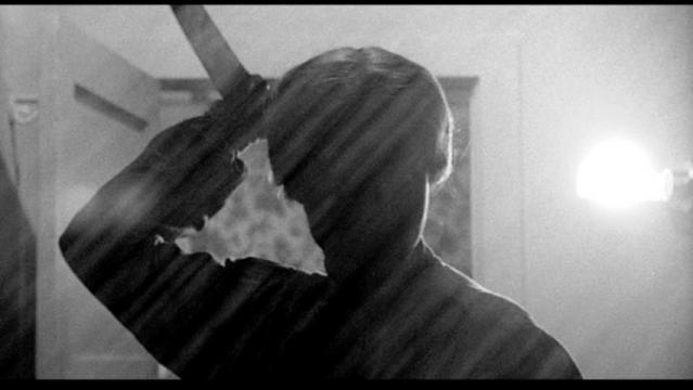 La célèbre scène de la douche du film psychose dont la série Bates Motel est le préquel