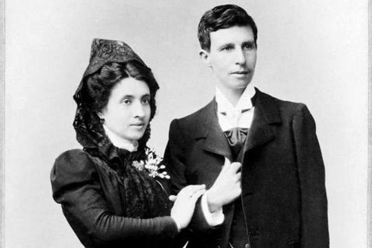 Marcela y Elisa, la primera boda entre mujeres en el mundo fue en A Coruña. El fotógrafo fue José Sellier