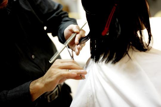 A veces cortarnos el pelo nos aporta más beneficios de los que pensamos