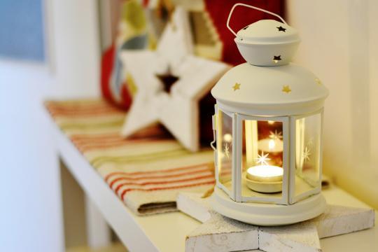 Decoración con velas para Navidad