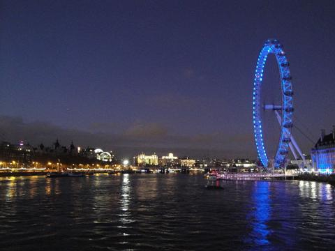 River Thames at night from Westminster Bridge (Image credit – Editor5807, Wikimedia Commons)