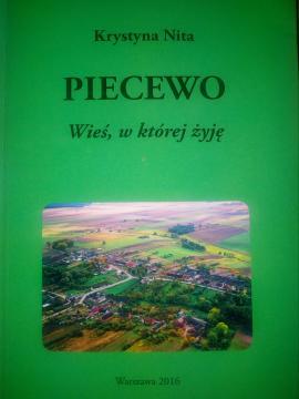 Okładkę książki projektowała Magda Milczanowska (fot. Krzysztof Krzak)