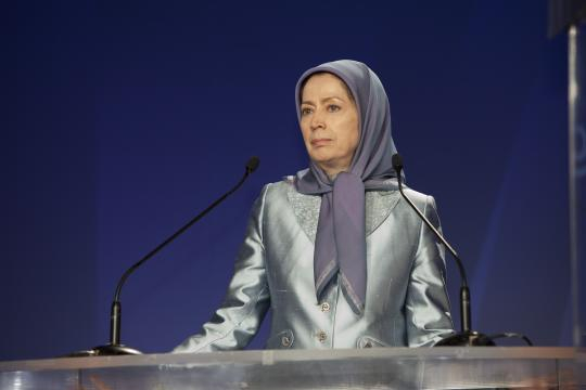 Maryam Rajavi, speaking to a conference in Paris focusing on Explosive Conditions in Iran. Photo by Siavosh Hosseini