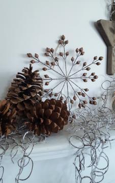 Pequeños detalles decorativos para poner en la chimenea estas fiestas