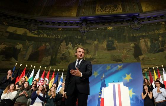 Avec l'Europe, le soliste Macron forcé à composer - Libération - liberation.fr