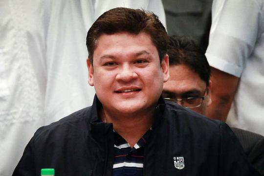 Paolo Duterte resigns as Davao City vice mayor | News | GMA News ... - gmanetwork.com