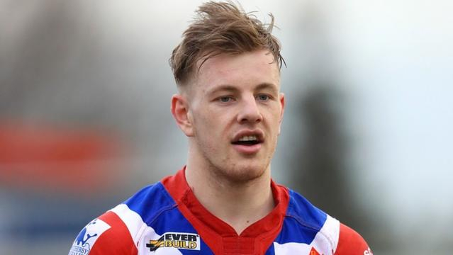 Back from injury and hungry for success, Tom Johnstone has the ability to take 2018 by the scruff of its neck. Image Source: expressandstar.com