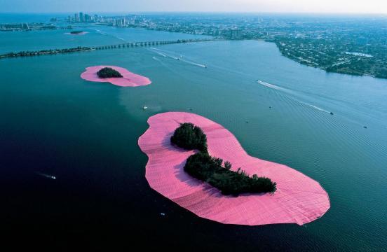 Surround Islands - Christo et Jeanne-Claude (Photo: Wolfgang Volz)
