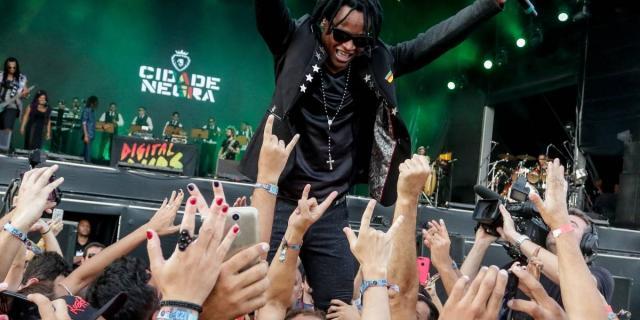 Cidade Negra se apresenta no Rio