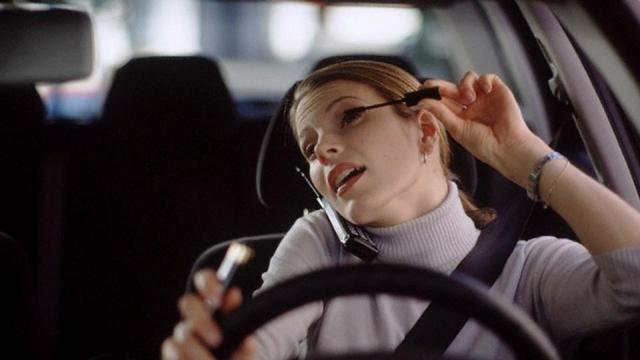 Donne al volante, movimento costante (FOTO) - Blog di Lifestyle - blogdilifestyle.it