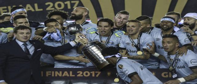 Depois de vencer a Libertadores, Grêmio mira outra conquista