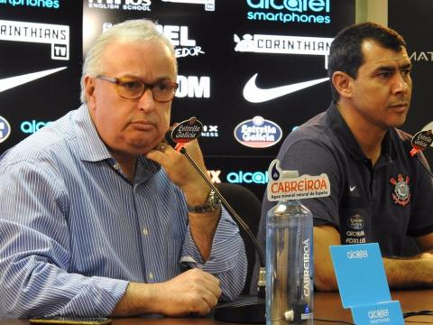 Atualmente na Europa, jogador é cogitado no Corinthians