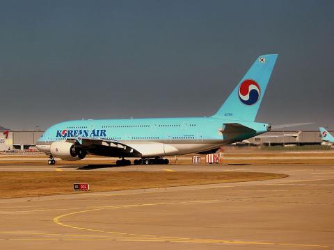 Korean Air Airbus A380-800 at Seoul Incheon airport (Image credit – calflier001, Wikimedia Commons)
