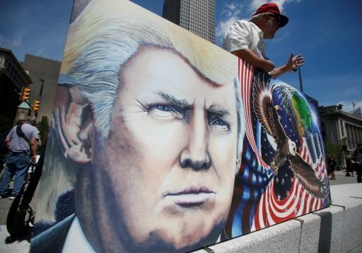Donald Trump and the Freak Show of American Politics - The Atlantic - theatlantic.com