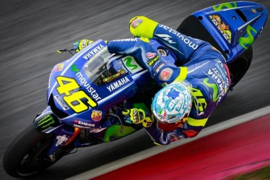Valentino Rossi in sella alla sua yamaha