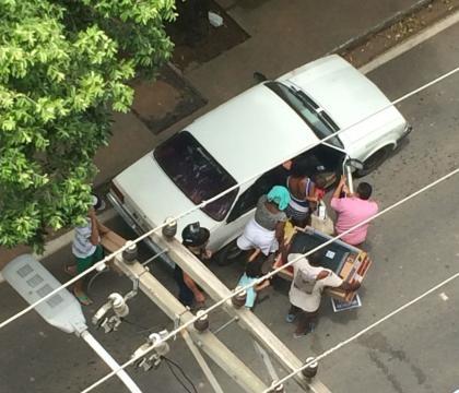 A vergonha do Brasil Civis que perderam a moral e o respeito! foto retirada do google http://midias.folhavitoria.com.br