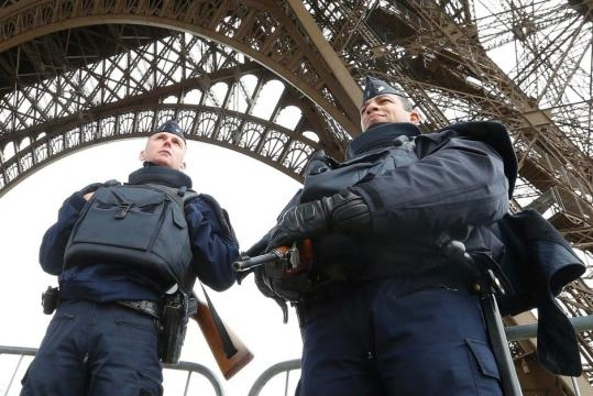 Paris attacks: More than 120 killed in concert hall siege ... - net.au