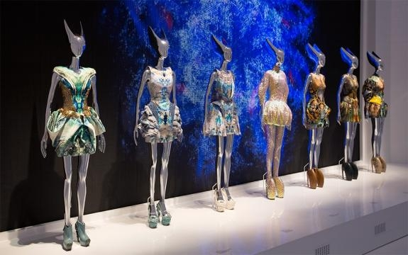 Alexander McQueen: Savage Beauty - About the Exhibition - Victoria ... - ac.uk