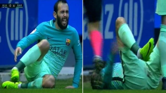 Mo mento de la lesión de Aleix Vidal