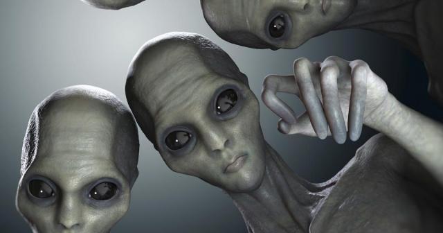Aliens.jpg - www.thenerdstash.com