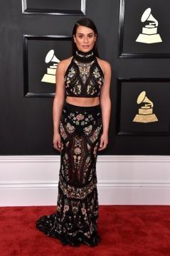 Look Clássico de Lea Michele, bom gosto e sofisticação