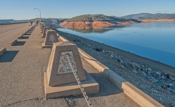 Oroville Dam 56465   NANOZINE - nanozine.org