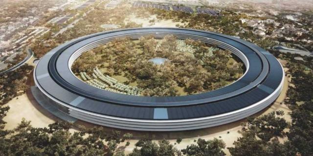 Apple Park with a spaceship design | Photo: businessinsider.com