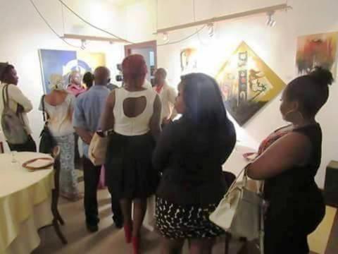 Exposition à Yaoundé lors de son dernier vernissage