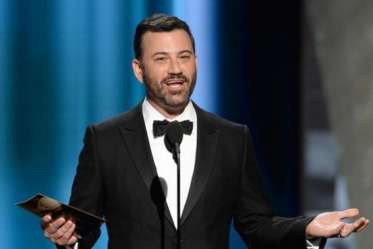 Jimmy Kimmel fue el presentador de la ceremonia y que en diversas ocasiones arremetió contra Donald Trump