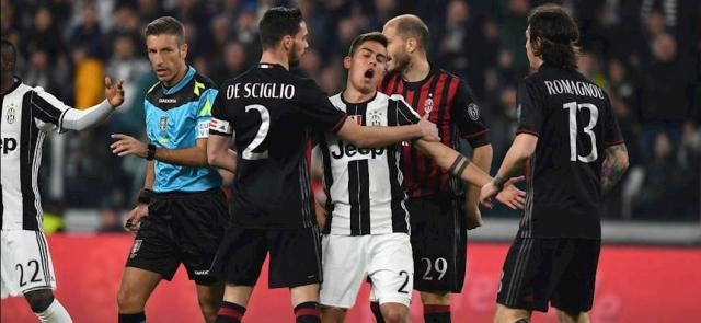 Juventus-Milan: negli spogliatoi spunta la scritta 'ladri' sugli scudetti revocati