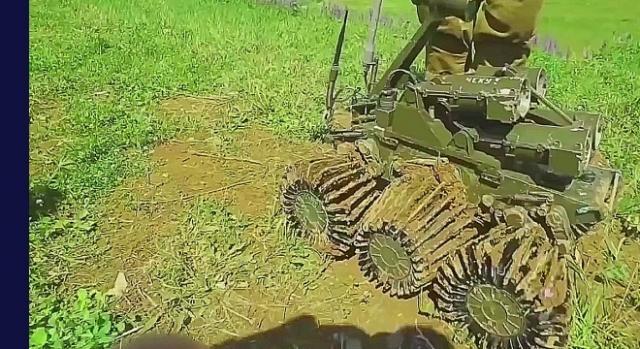 Najmniejsze roboty wojskowe to propozycje prywatnych rosyjskich przemysłowców.