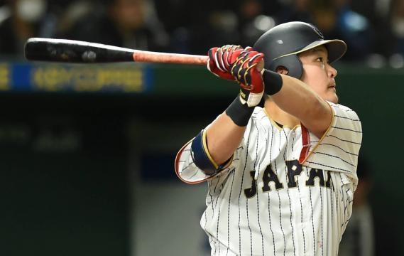 Yoshitomo Tsutsugoh es un slugger que está siendo observado por visores de MLB. TheJapanTimes.com