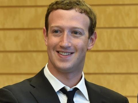 Facebook CEO Mark Zuckerberg ... - go.com