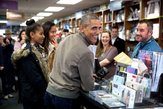 Obamas sign a book deal - prhinternational.com